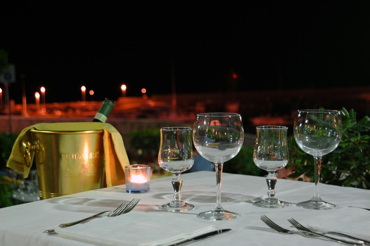 Una cena a lume di candela